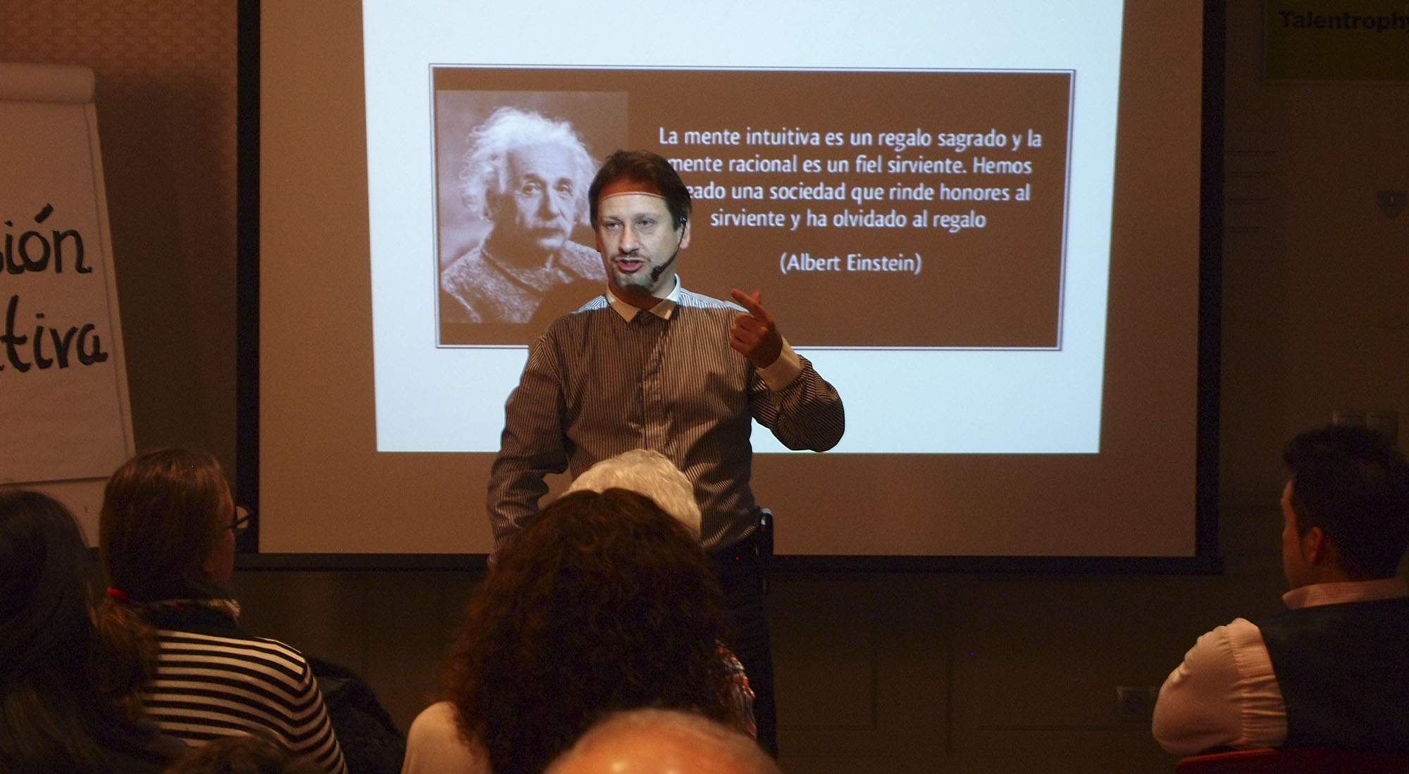 conferencia-magia-madrid-manuel-cuesta